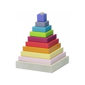 Fa építőjáték -piramis