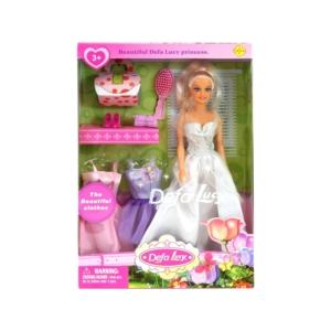 Defa Lucy hercegnő baba három ruhával
